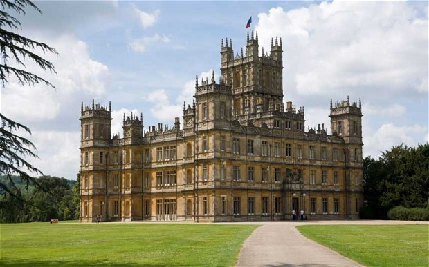 DowntonAbbeyCastle